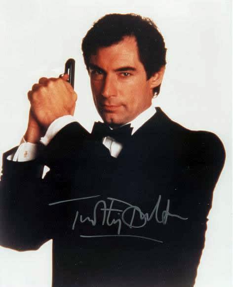 """007系列电影中的""""邦德""""们"""