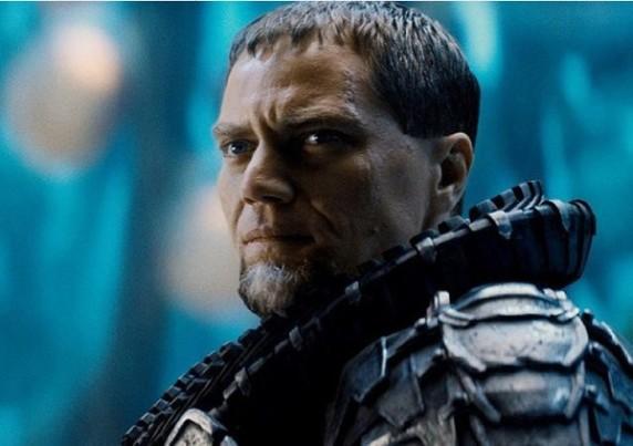 《超人:钢铁之躯》之Michael Shannon
