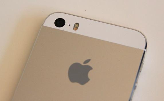 iPhone 5s 双 LED 闪光灯